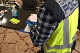 Detenidos en Palma un empresario y una abogada por contratar trabajadores que habían falsificado su nacionalidad