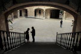 Multa para una pareja de amigos de Mallorca por estafar 100 euros a una mujer en la compraventa de un perro