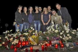 Amigos y familiares despiden al motorista de 26 años que murió en es Garrovers