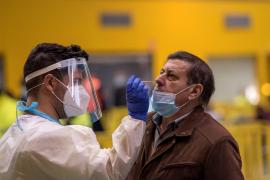 Sanidad deja en manos de las CCAA que las farmacias hagan test de antígenos