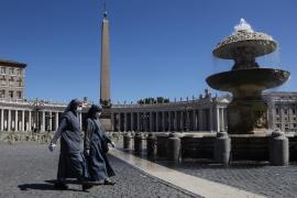 El Papa se refiere a la pandemia como los «flagelos que golpean la humanidad» en su homilía de año nuevo
