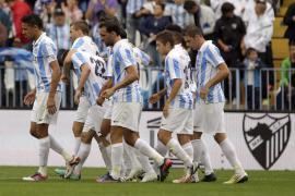 El Málaga sufre ante el Valladolid para afianzarse en la tercera plaza