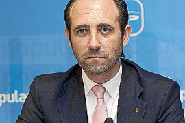 Bauzá alaba al PP gallego y permanecerá atento a los pactos de Urkullu