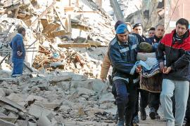 Seis años de cárcel para siete científicos por no prever el terremoto de L'Aquila