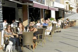 Las terrazas de Es Portitxol pasarán de pagar 6 euros por metro cuadrado a 40