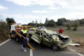 Una joven de 19 años muere al volcar el coche en el que iba en la carretera de Cales