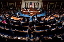 El Congreso de EEUU confirma el triunfo de Biden tras el trágico asalto al Capitolio
