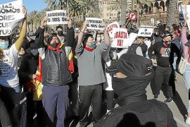 La manifestación en el Consolat