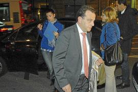 Grupos hoteleros de Balears costearon gastos de la campaña electoral de Matas