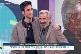 Imanol Arias, sorprendido por su hijo en directo en 'La hora de La 1'