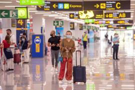 Exempleados del aeropuerto de Palma piden ser reubicados tras ser despedidos por parte de Acciona FS