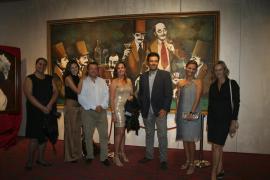 Carlos Prieto presenta un cuadro de gran formato en el Casino