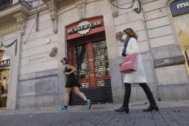 Leve descenso de los casos activos de COVID en Mallorca