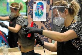 Un centenar de peluquerías y centros de estética han cerrado en Baleares