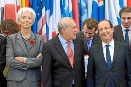 Hollande cree necesario tanto el ajuste como el crecimiento contra la crisis