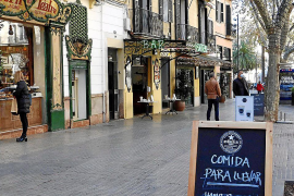 Emaya no cobrará durante cuatro meses la tasa de residuos a los negocios cerrados