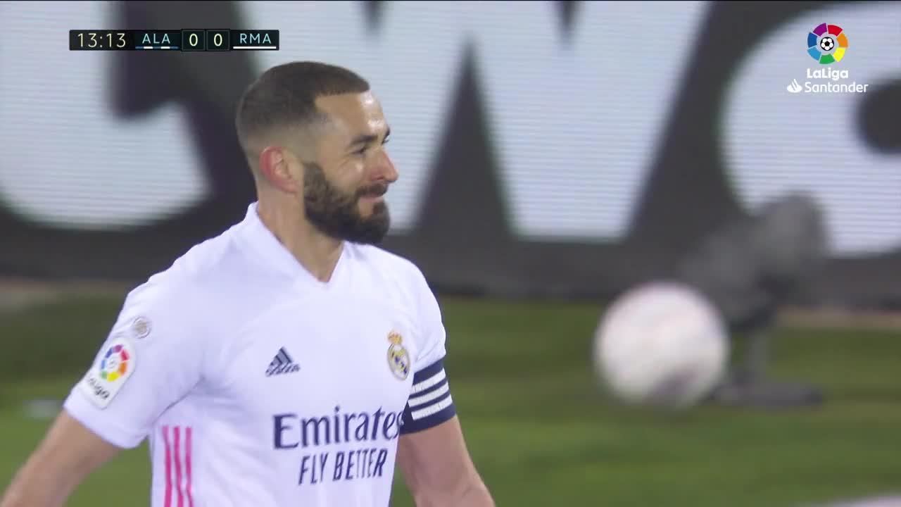 El Real Madrid frustra el Centenario del Alavés
