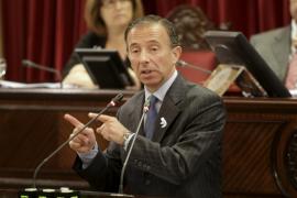 El juez envía a juicio al exconseller Carlos Delgado por el 'caso Calanova'