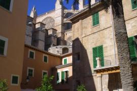 El obispo Taltavull se vacuna en una residencia de sacerdotes jubilados: «Me incluyeron en la lista»