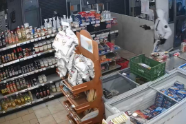 El juez envía a la cárcel al atracador del supermercado de Son Rapinya