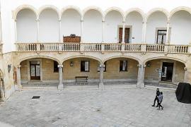Un año y medio de cárcel por estafar a un ex futbolista profesional en la reforma de su vivienda en Palma