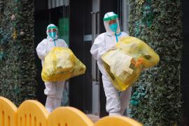Proliferan en China los test anales para combatir la COVID