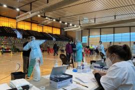Baleares proyecta grandes puntos de vacunación para una inmunización masiva