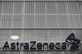 Bruselas exhorta a AstraZeneca a encontrar soluciones para suministrar las dosis prometidas a la UE