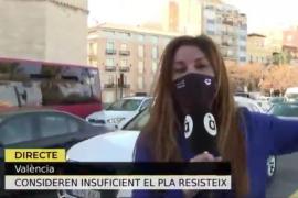 Una reportera en directo: «Dejadnos trabajar»