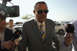 Julián Muñoz se niega a hablar sobre la polémica de Isabel Pantoja