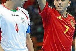 Irán agua el debut de España