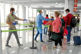 Aerolíneas y hoteleros, preparados para traer turismo español en Semana Santa