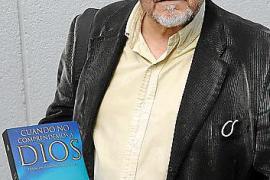 Francisco Jiménez, escritor evangélico: «Los políticos que roban no saben que ese dinero está maldito»