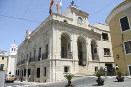 El Govern exige a Mahón que adopte el topónimo catalán