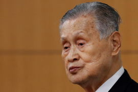 Disculpa del presidente del comité organizador de los Juegos de Tokio por sus comentarios sexistas