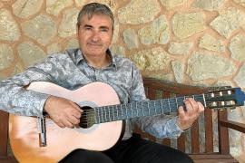 Damià Timoner, guitarrista:«Me gusta que mi música sea bonita y que ofrezca buenas sensaciones»