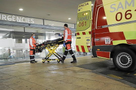Un cliente de un centro comercial de Palma muere al ser arrollado por un toro elevador