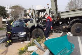 Al menos un herido grave en una colisión múltiple en Ibiza