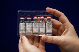 La vacuna de AstraZeneca también es efectiva frente a la nueva variante británica