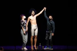 Bernat Molina asciende al podio del VII Torneig de Dramatúrgia con 'Escalar un gegant'
