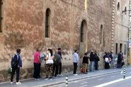 Afers Socials negocia con Madrid asumir el pago del ingreso mínimo