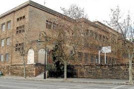 Cort reduce un 50 % la partida de mantenimiento de los colegios públicos