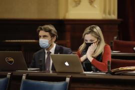 Unidas Podemos pide publicar la lista de altos cargos baleares vacunados