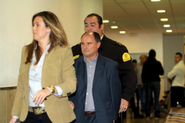 El exgerente del PP afirma que Matas decidió contratar a Over para la campaña