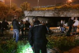 La policía irrumpe en una fiesta ilegal en una discoteca abandonada de Porto Cristo