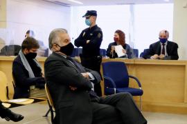 Aplazan al martes el juicio de la caja B del PP por el contagio de un acusado