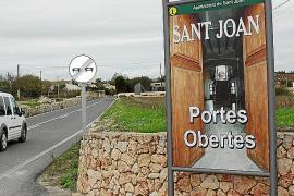 El pueblo 'abre las puertas' y señaliza sus establecimientos
