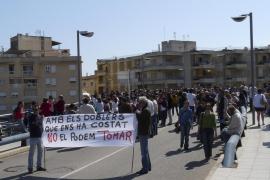 MANACOR, manifestació per defensar el pont del riuet de Porto Cristo