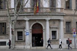 Condenado en Palma por trucar el cuentakilómetros de una furgoneta para venderla más cara
