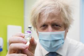 La vacunación reduce hospitalizaciones en Reino Unido